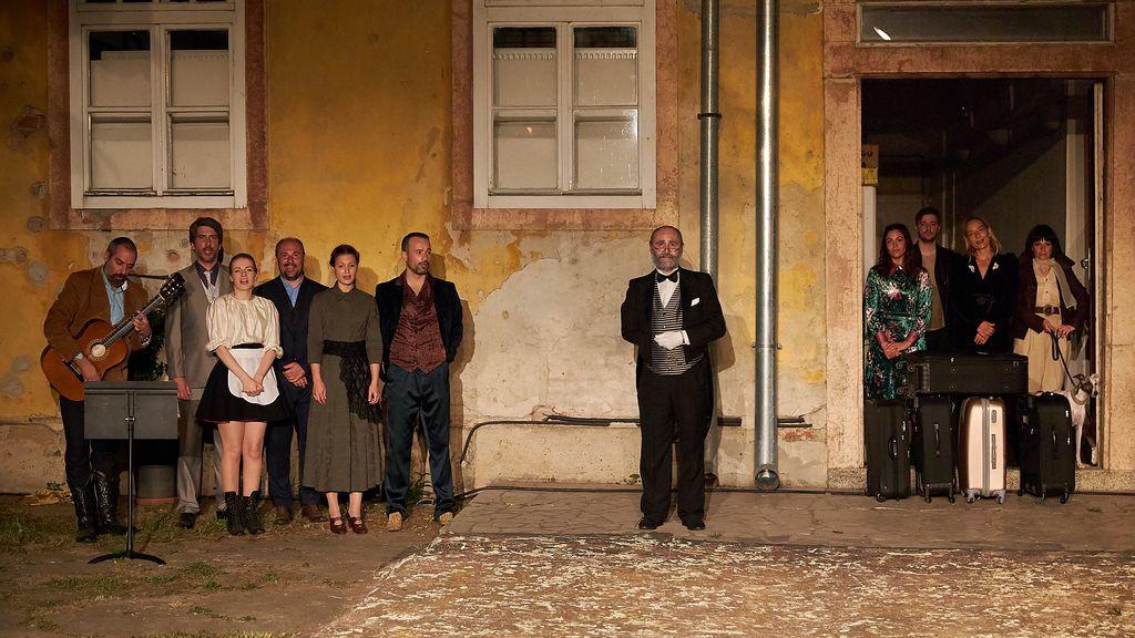 Predstava Višnjik, Projekt Ilica: Q'ART