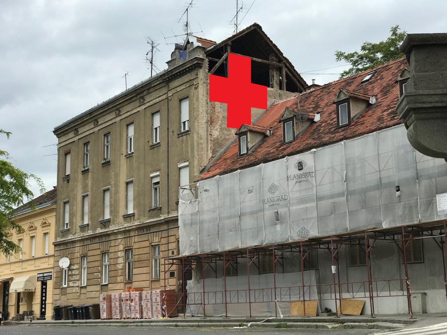 Umjetnička akcija: Postavljanje crvenih križeva na Ilici