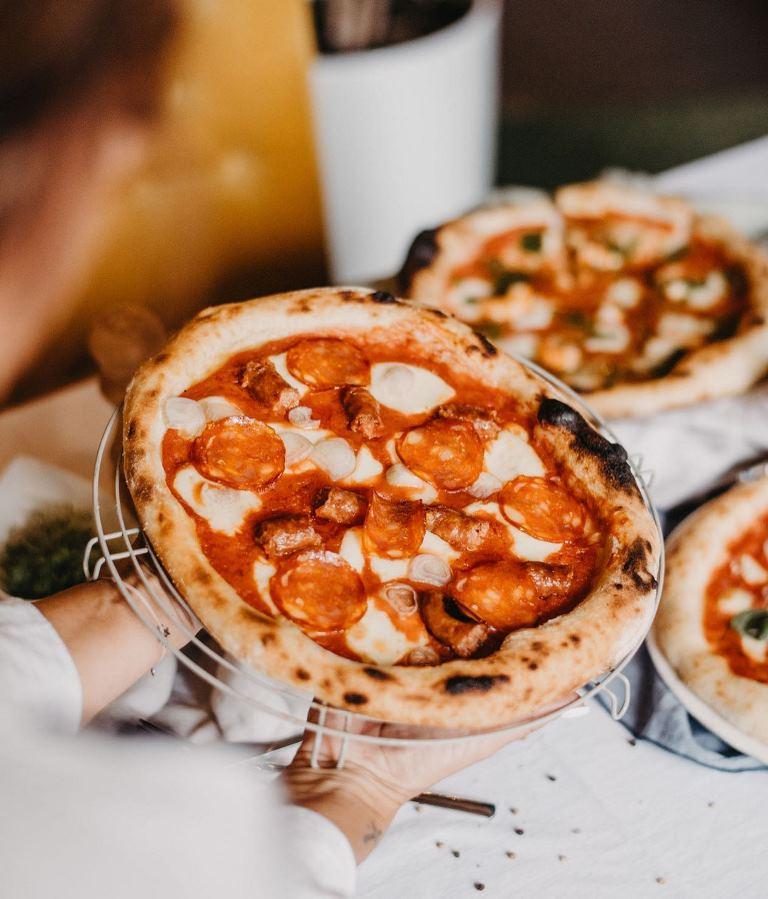 false witness pizza slavonska