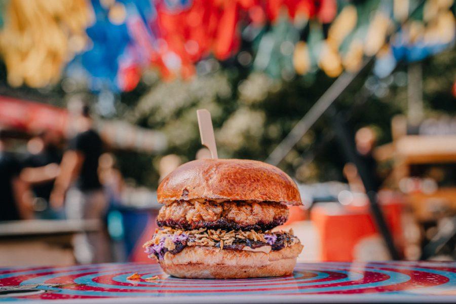 Kobaja burger - Festina Lente